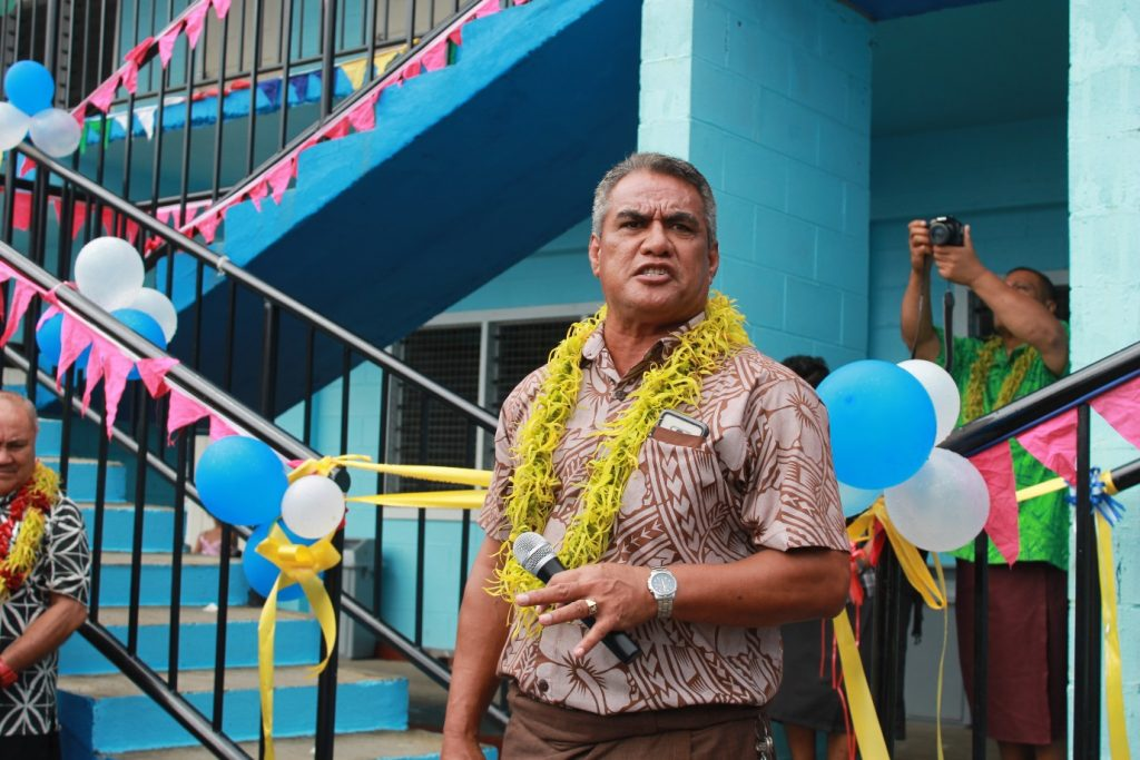 CUTTING OF THE RIBBON TO OPEN THE NEW SCHOOL BUILDING: Hon. Loau Solamalemalo Keneti Sio, Minister of Education, Sports and Culture