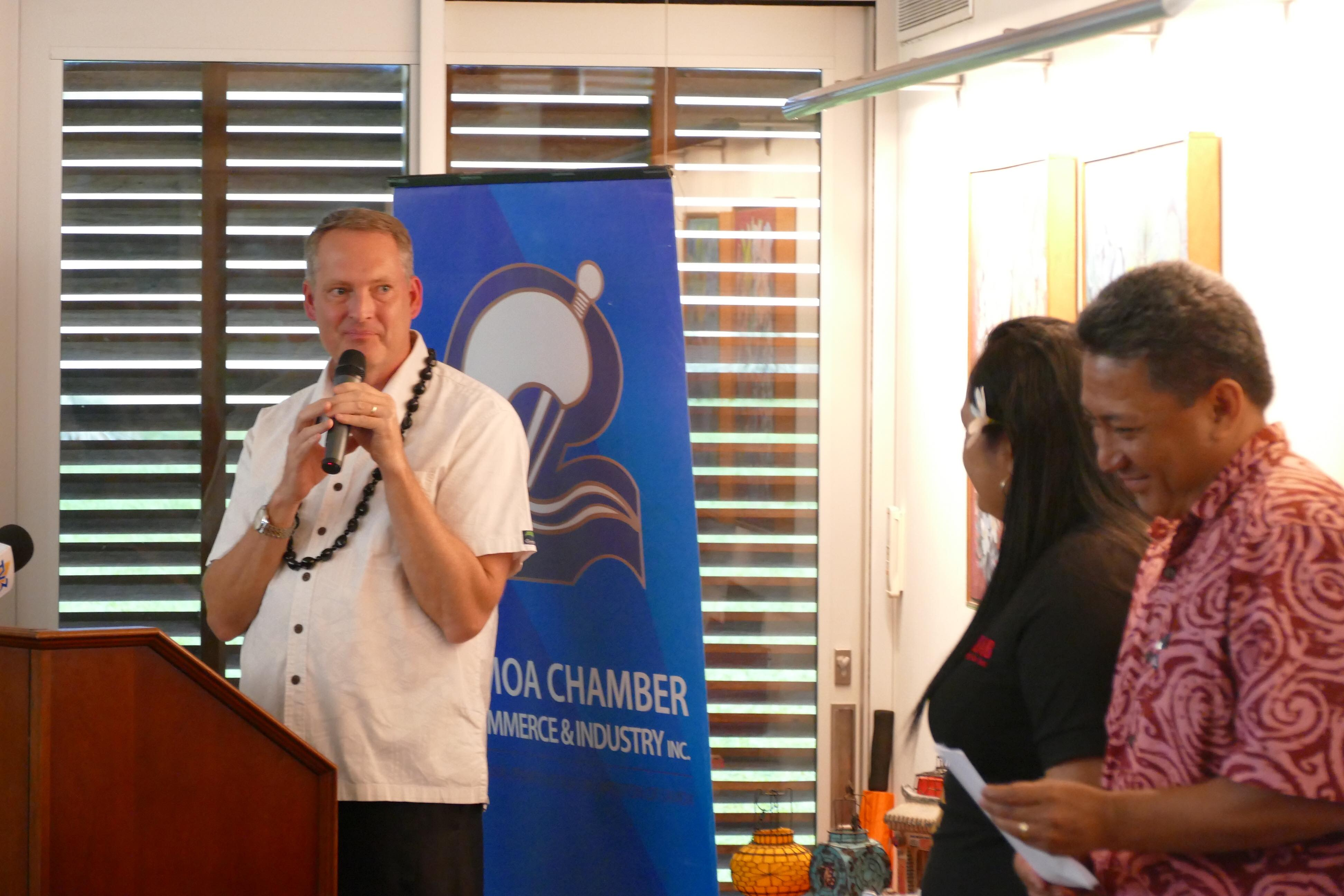 U.S. Charge' d'Affaires thanks Tofilau Fiti Leung Wai on sharing SSAB's Domestic Violence Policy with the private sector