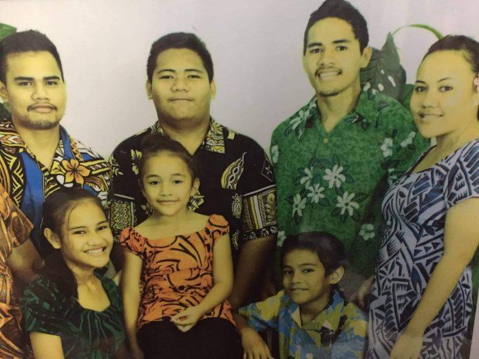 Malaki with his siblings