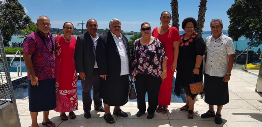 The Samoan delegation included Finance Minister Sili Epa Tuioti, Mrs. Gillian Malielegaoi Chief Executive Officers for Foreign Affairs Peseta Noumea Simi, CEO Finance Leasiosiofa'asisina, CEO Ministry of Prime Minister & Cabinet Agafili Tomaimano Shem Leo and Samoa's High Commissioner in New Zealand Leasi Tommy Scanlan.