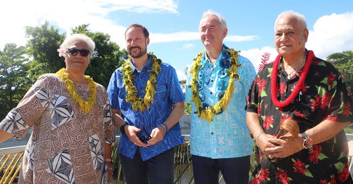 Deputy Prime Minister & Minister of Environment, Fiame Naomi Mataafa; HRH Prince Haakon Magnus of Norway; Norway's Ambassador to the Pacific, Paul Gulleik Larsen; and Mayor of the village of Apia, Tuiletufuga Siaosi.