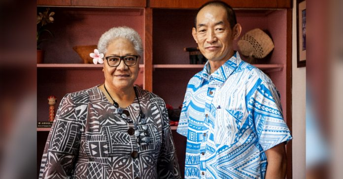 (L-R) Acting Prime Minister and Deputy Prime Minister Fiame Naomi Mataafa and WHO Regional Director for the Western Pacific, Dr Takeshi Kasai