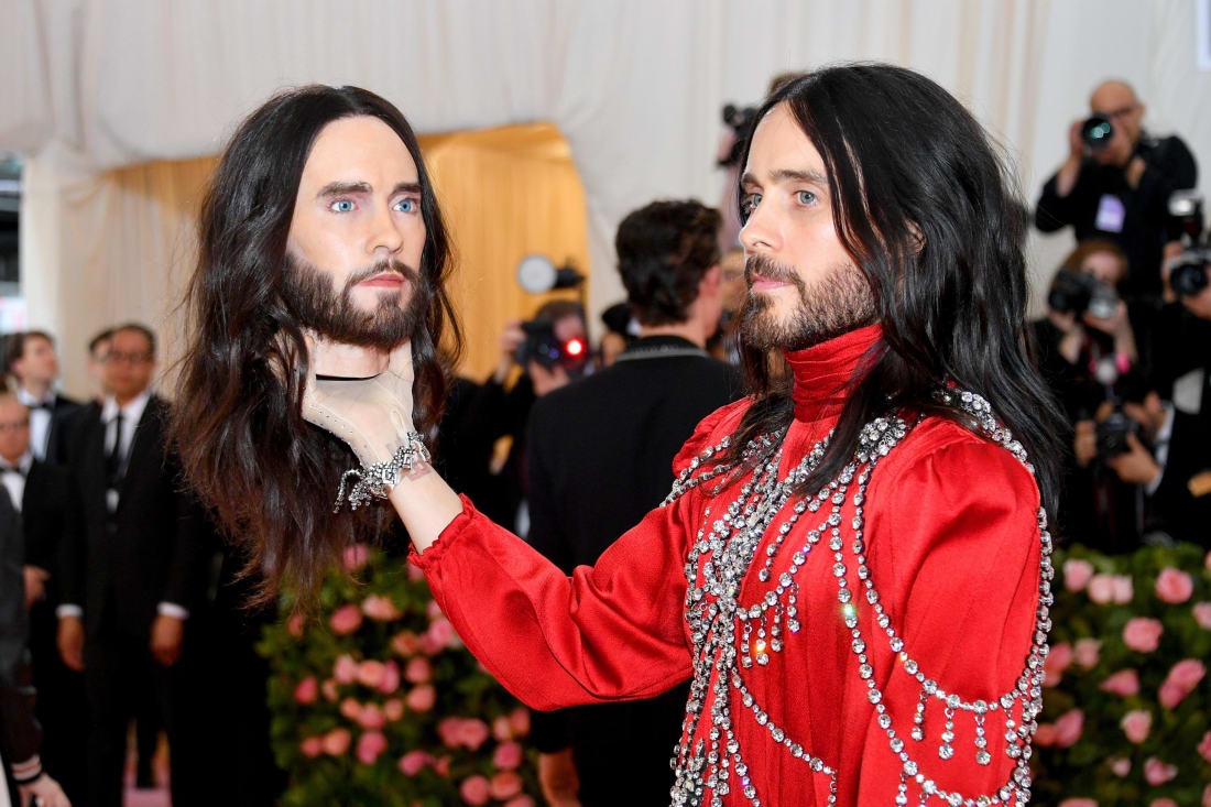 Jared Leto went with himself to this year's Met Gala. Well, sort of. Leto arrived with a mannequin of his head, apparently inspired by Gucci's Fall-Winter 2018 show, where the fashion house sent models down the runway with heads.Dia Dipasupil/FilmMagic/Getty Images